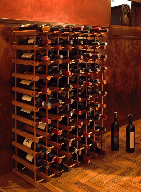 Cantinetta in legno per vino